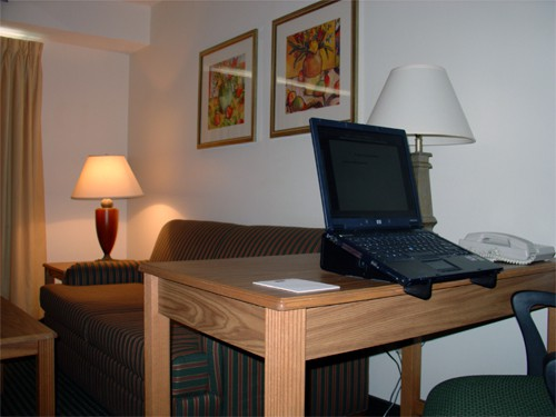 Aviator Hotel Laptop Stand